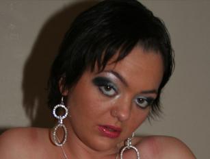 Donna Derriere