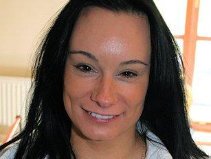Eva R