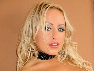 Natalie Heck (Savanah Gold)